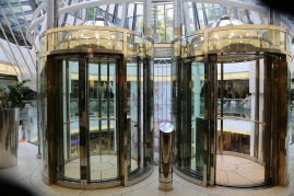 elevators-2400853_1280